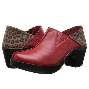 Women's Ariat Kick Back western clog size 9